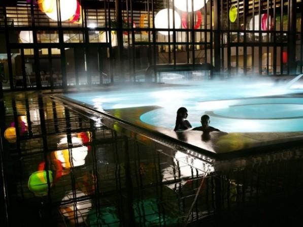 Capodanno alle terme viaggi e vacanze - Capodanno in piscina ...