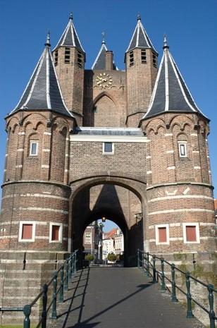 397px-Spaarnwouder-_of_Amsterdamse_poort