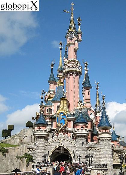 il castello della bella addormentata a eurodisney