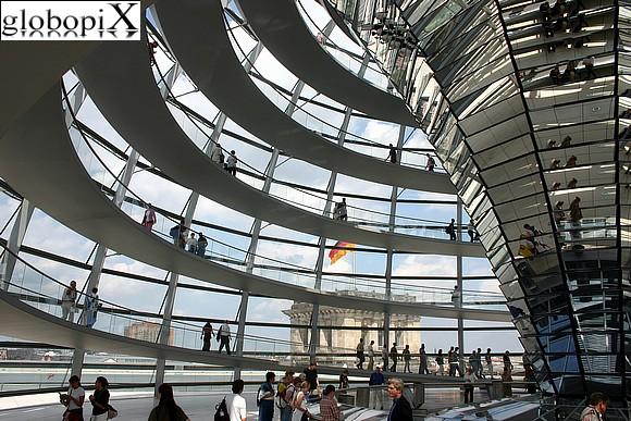 Berlino in 48 ore viaggi e vacanze for Dove ha sede il parlamento