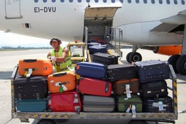 Come non perdere valigie in aeroporto viaggi e vacanze - Quante valigie si possono portare in aereo ...