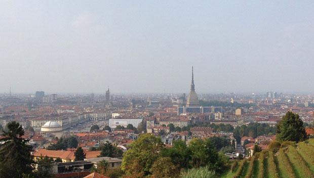 Vista su Torino dalla Villa della Regina