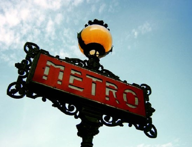 metro parigi consigli e prezzi viaggi e vacanze. Black Bedroom Furniture Sets. Home Design Ideas