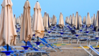 in spiaggia ai tempi del coronavirus